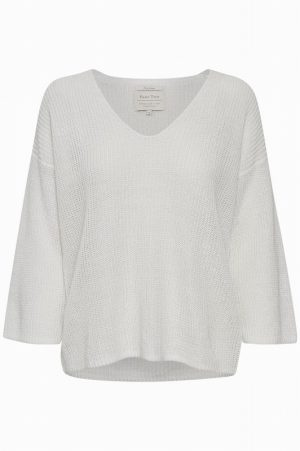White Petrona Jumper – Part Two